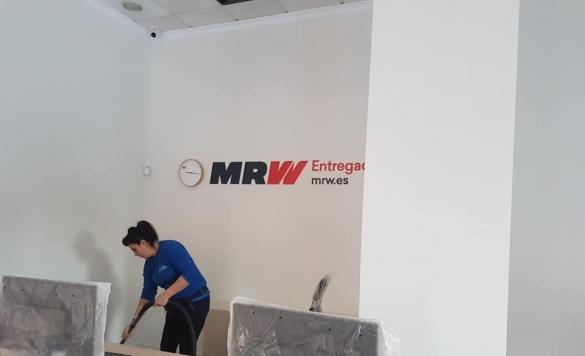 limpieza suelo mrw 5