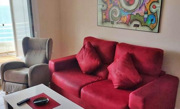 limpieza de sofa en casa calpe