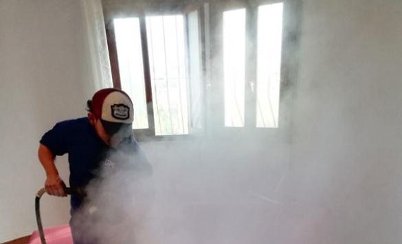 desinfeccion limpieza sofa 10