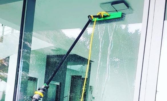 limpieza cristales pertigua agua pura 11