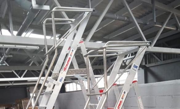 trabajo con escaleras profesionales calpe