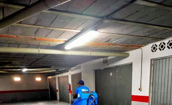 limpiar suelo parking en calpe