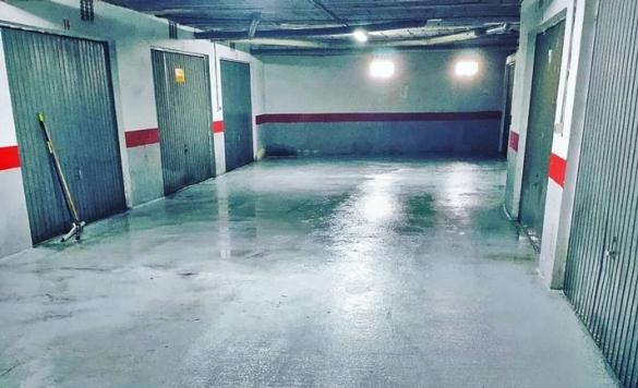limpieza de suelo parking en calpe