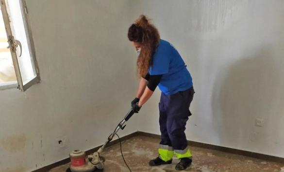 limpieza suelo sindrome diogenes en alicante