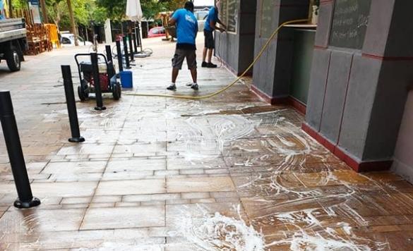 limpieza de terraza con maquinaria 3