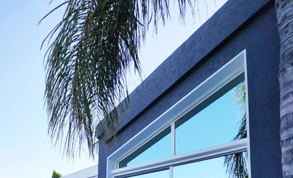 limpieza de cerramiento con techo de cristal 2