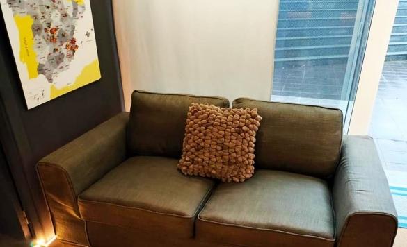 limpieza sofa de piel en calpe