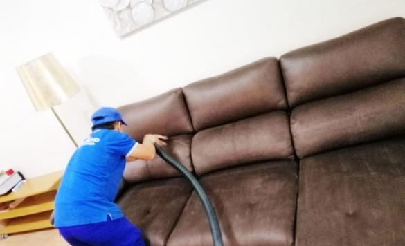 limpieza sofa cuero despues 1