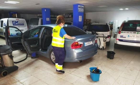 limpieza vehiculo 22