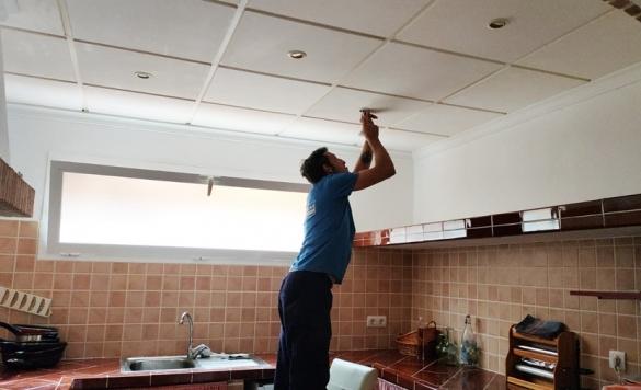 montaje focos de techo eléctricos