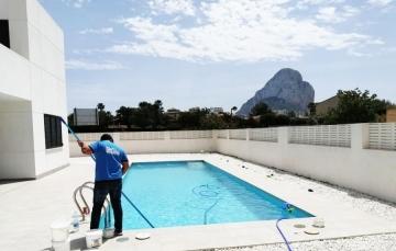 limpieza y mantenimiento piscina 2
