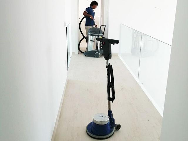 Servicios de limpiadoras profesionales